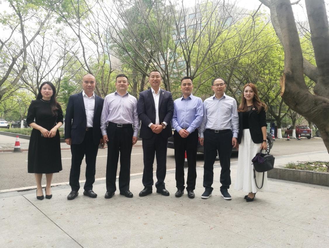 悦容集团喻子容先生受邀考察成都淮州新城国际教育合作项目