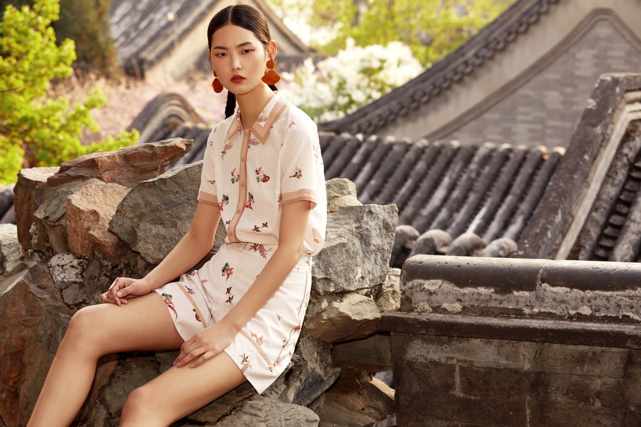 朗姿携手颐和园再度掀起国潮时尚风暴