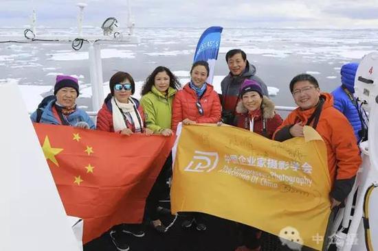 飞跃南极洲—中企摄历经17天的南极之旅