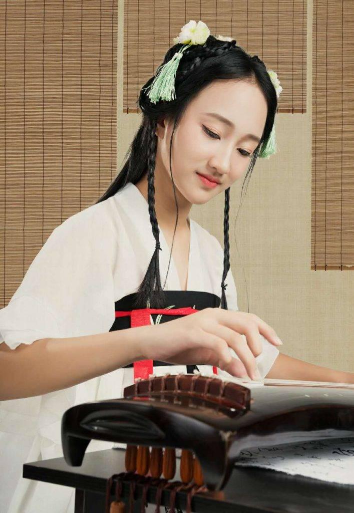 电影《慈善玩家》舞蹈演员郭小美的精彩表现