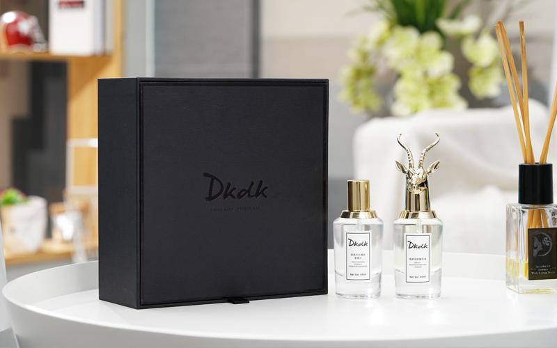 DKDK亮颜润肤精华液上市,让女性更加美丽