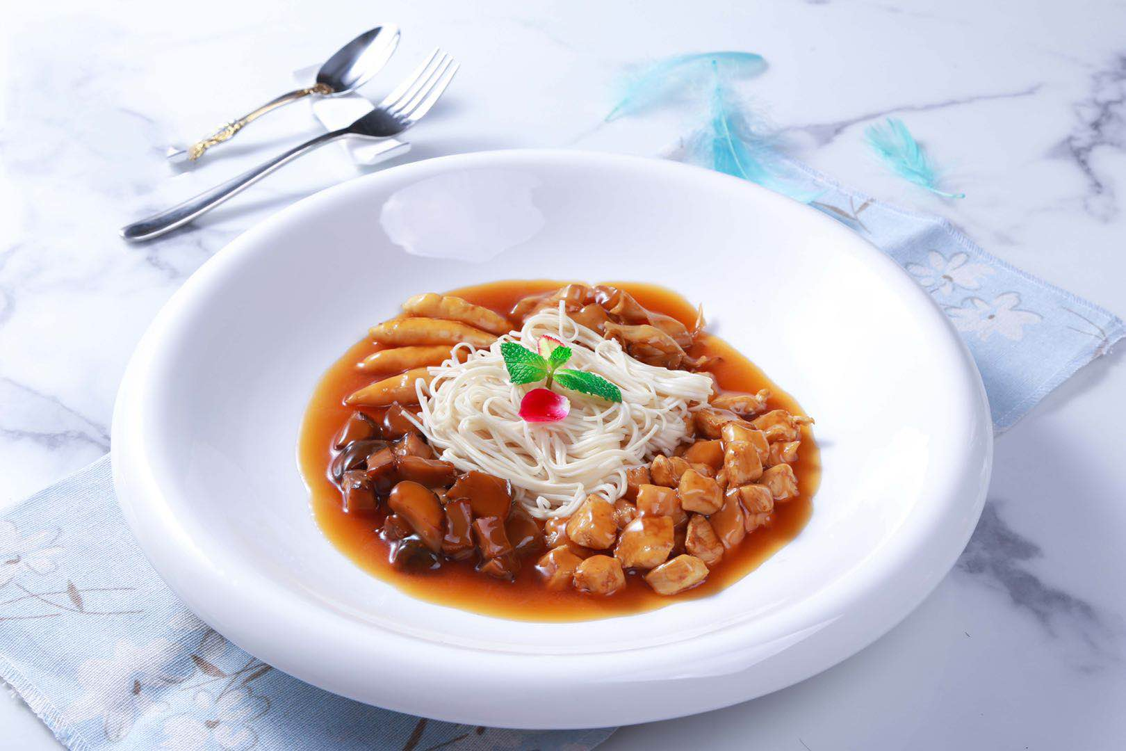疫情当前,海皇御品推出新品料理包提高大众饮食体验
