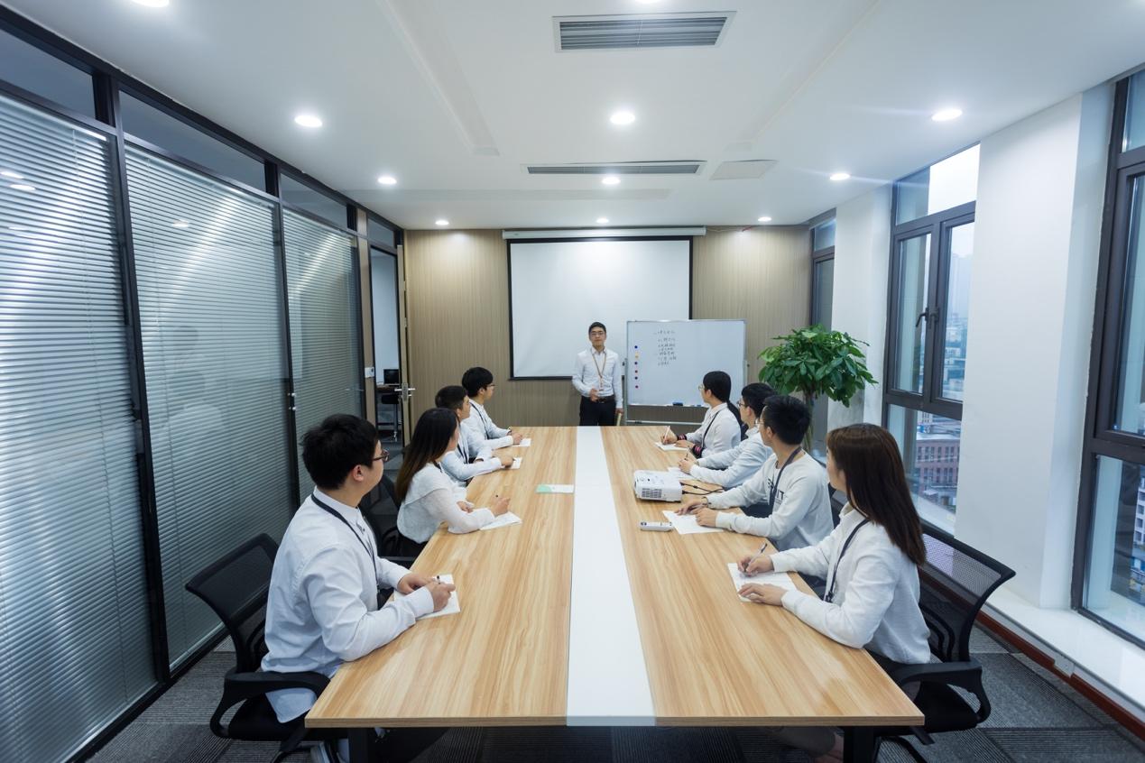 重庆好嗨哟能力再升级,创建步未品牌全面助力企业形象设计