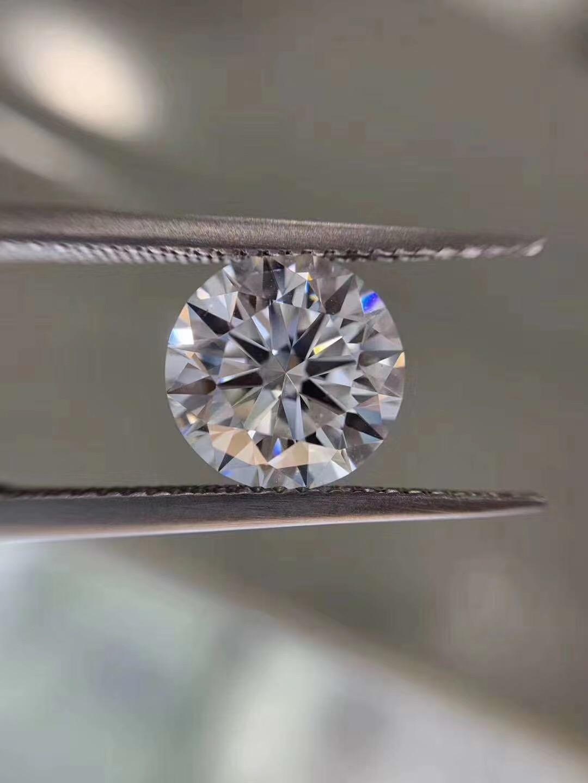 莫桑石培育技术突破,晶豆子珠宝推出D+IF级别莫桑钻