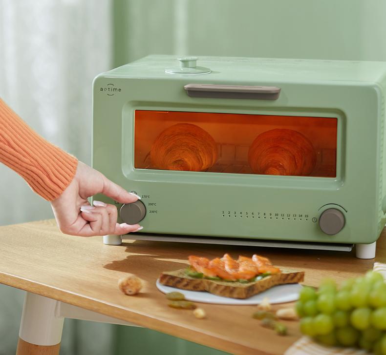 深耕烘焙行业 aotime澳特美新推出网红复古烤箱