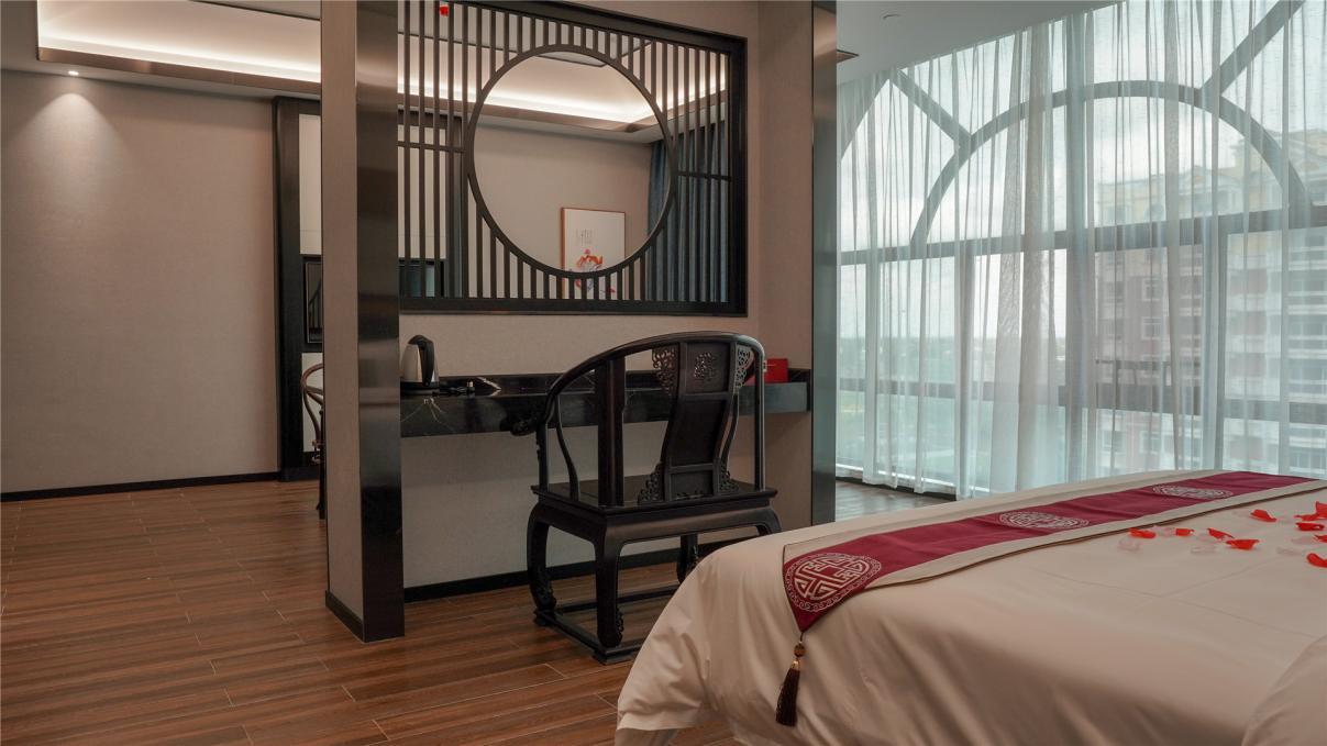 梵高派艺宿酒店盛大开业,为旅客带来艺术和服务的极致享受