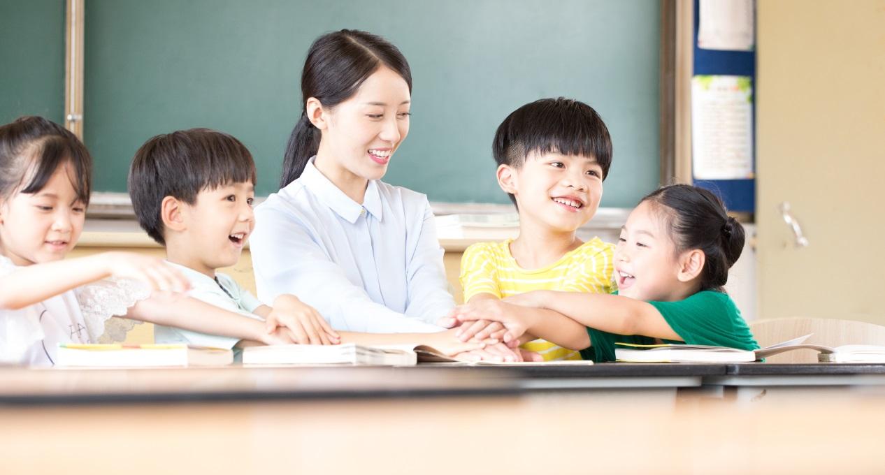 把握蓝海先发优势,兜学兜会力推标准化教学体系为教育改革赋能