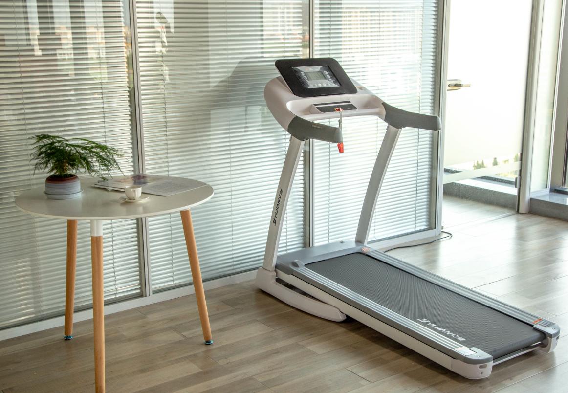 跑步机行业迎来新变局,亿健为用户量身打造智能健身氛围